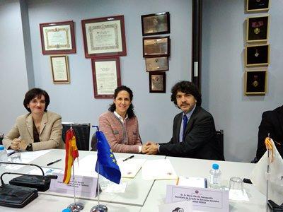 Rúbrica a cargo de Mario Garcés, secretario de Estado de Servicios Sociales e Igualdad, y Ana Peláez, vicepresidenta ejecutiva de la Fundación CERMI Mujeres