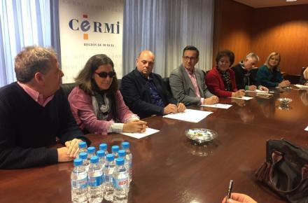 Reunión entre el secretario general del PSRM-PSOE, Diego Conesa, y el presidente de CERMI Región de Murcia, Pedro Martínez