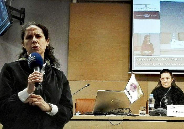 Ana Peláez, vicepresidenta ejecutiva de la Fundación CERMI Mujeres, y Almudena Martín