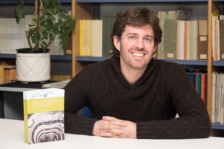 Eduardo Díaz Velázquez, autor del libro publicado por CERMI El acceso a la condición de ciudadanía de las personas con discapacidad en España. Un estudio sobre la desigualdad por razón de discapacidad