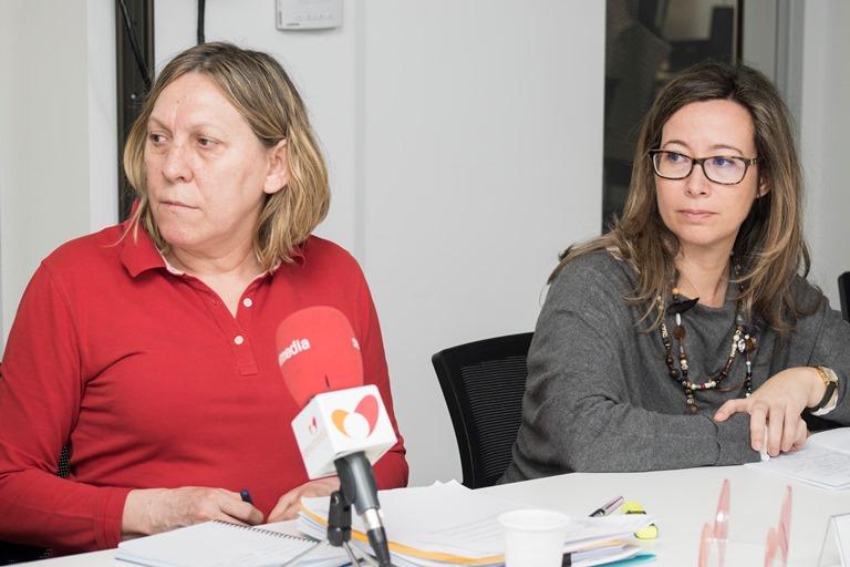 Florencia Pozuelo, Jefa de área de Programas Específicos de Tratamiento de la subdirección general de Tratamiento y Gestión Penitenciaria junto a Inés de Araoz, asesora jurídica de Plena inclusión
