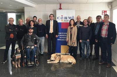 Foto de familia tras la elección de Jesús Luna como presidente de CERMI Illes Balears