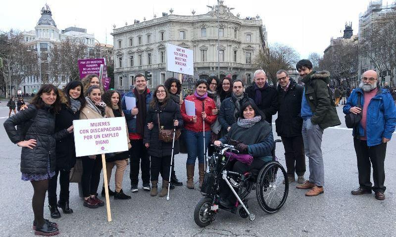 """La Fundación CERMI Mujeres, en la manifestación feminista: """"Los derechos de las mujeres con discapacidad no pueden esperar más"""""""