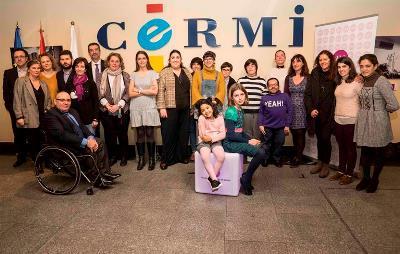 Foto de familia tras la lectura del manifiesto el 8M