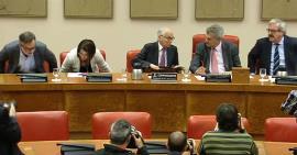 Imagen de una de las reuniones de la Comisión Constitucional de 2017, presidida por Jesús Posada