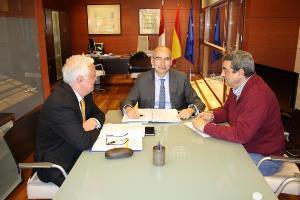 El Gobierno regional valora las alegaciones presentadas por CERMI al anteproyecto de Ley sobre los Derechos de las Personas Consumidoras en Castilla-La Mancha