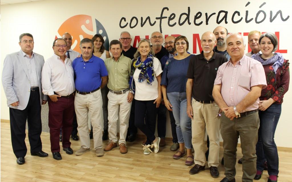 Foto con algunas de las personas que forman la Junta Directiva de Salud Mental España