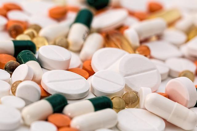 El CERMI denuncia ante la CNMC la inaccesibilidad de la publicidad de medicamentos
