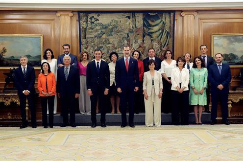 El Gobierno promete sus cargos Pool EFE/ Javier Lizón