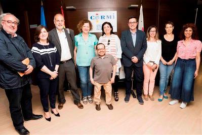 Delegación del CERMI junto con representantes de los partidos políticos reunidos para tratar el informe de la ONU sobre educación inclusiva