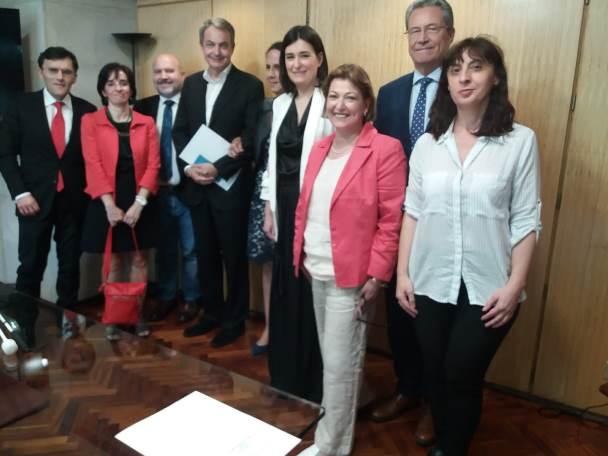 Reunión de la Fundación CERMI Mujeres con la nueva ministra de Sanidad, Consumo y Bienestar Social, Carmen Montón