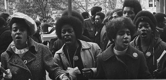 Manifestación de mujeres de color en EEUU