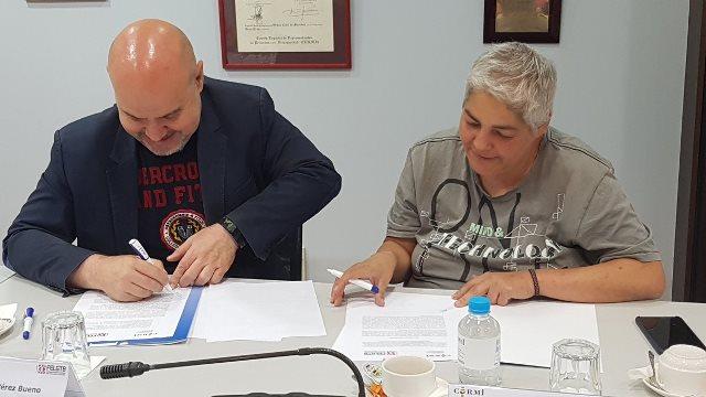 Acto de la firma del convenio entre FELGTB y el CERMI