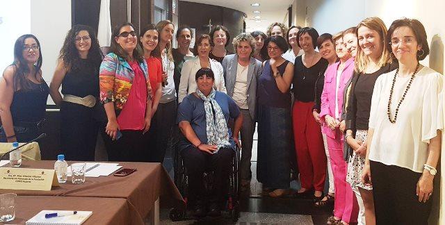 Foto de familia en la constitución del Consejo de Participación de Mujeres de la Fundación CERMI Mujeres