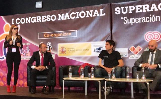 Mercedes López, 'neurocoach' personal y empresarial, participando en un acto público