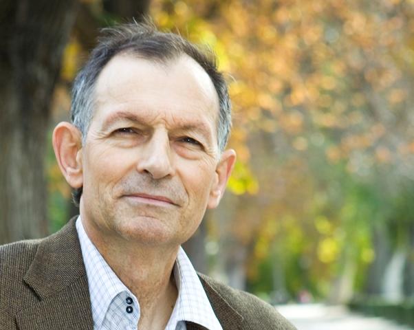 Víctor Vuñuales, sociólogo, cofundador y director de Ecodes (Ecología y Desarrollo)
