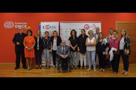 Representantes de CERMI Madrid durante el evento.