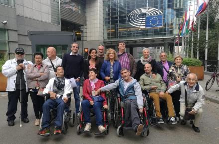 Miembros de CERMI La Rioja en Bruselas.