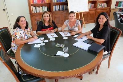 Reunión con la consejera Cristina Valido.