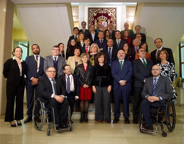 Una delegación del CERMI mantiene un encuentro con la vicepresidenta del Gobierno y ministra de Igualdad, Carmen Calvo, y con la titular de Sanidad, consumo y Bienestar Social, María Luisa Carcedo