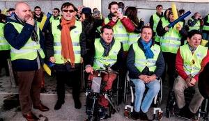 Imagen de la protesta del CERMI contra Ryanair por discriminación hace casi dos años