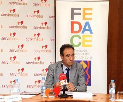 Luciano Fernández, durante un encuentro con la prensa.