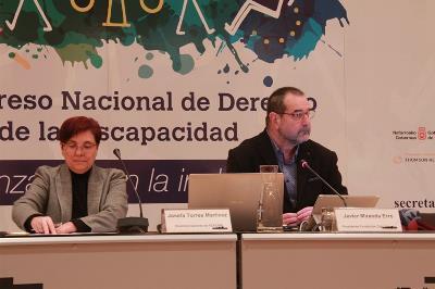 Mesa Pepa Torres y Javier Miranda dentro del II Congreso Nacional del Derecho de la Discapacidad
