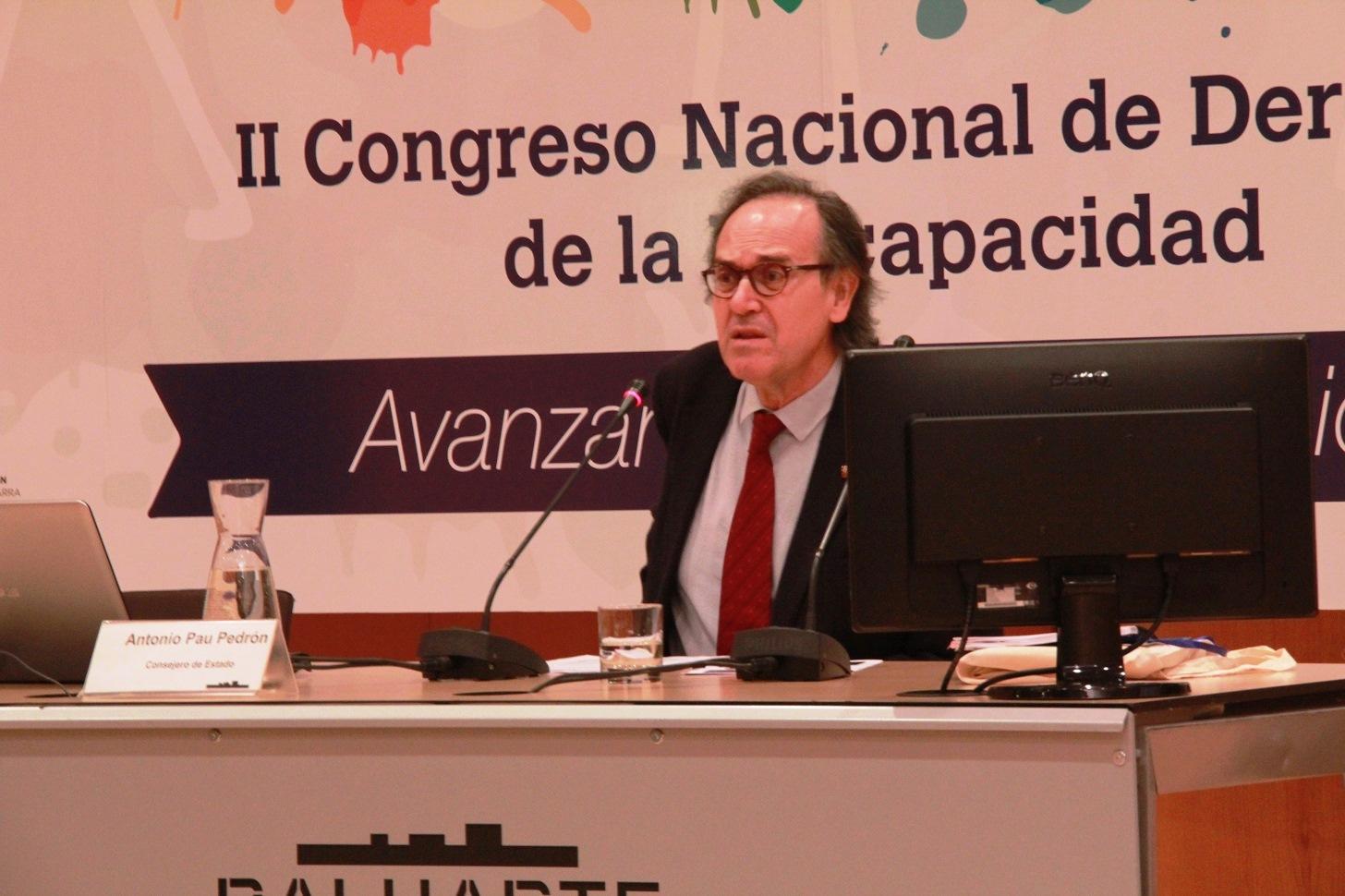 Antonio Pau.