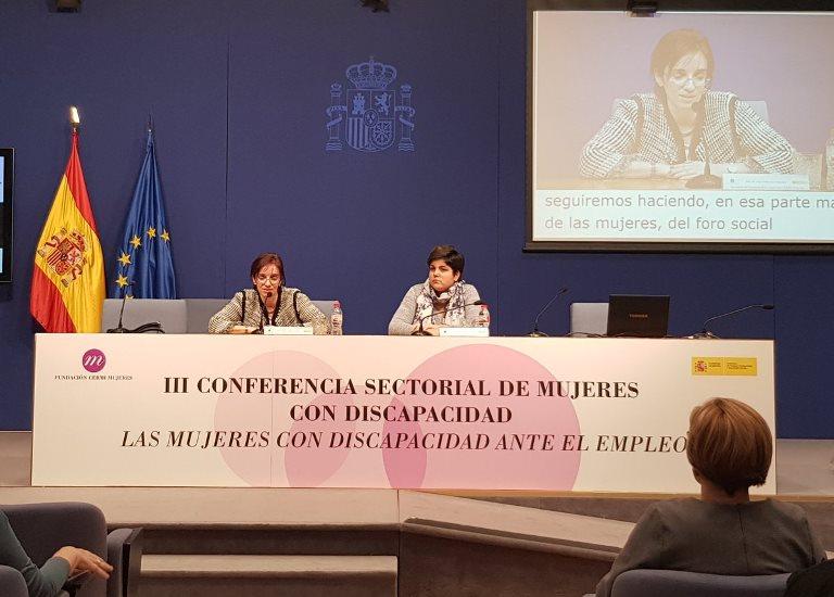 Pilar Villarino y Maribel Cáceres.