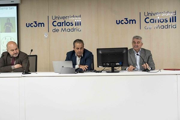 """El presidente del CERMI, Luis Cayo Pérez Bueno, en la apertura del seminario """"Barreras en el acceso a la Justicia de las personas con discapacidad en la Unión Europea"""", celebrado en la Universidad Car"""