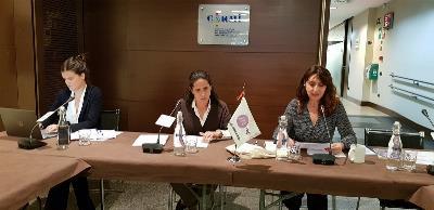 Laura Serra, nueva delegada de CERMI Mujeres para los Derechos Humanos, junto a Ana Peláez, vicepresidenta ejecutiva de CERMI Mujeres e Isabel Caballero, coordinadora de dicha fundación