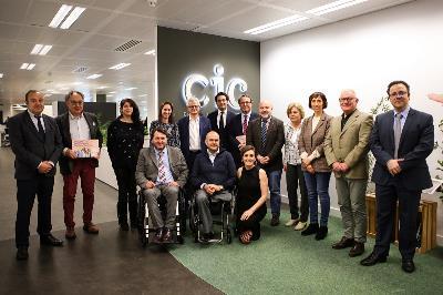 Carrefour España, primera compañía en adherirse a la 'X Solidaria de las Empresas', foto de familia del acto