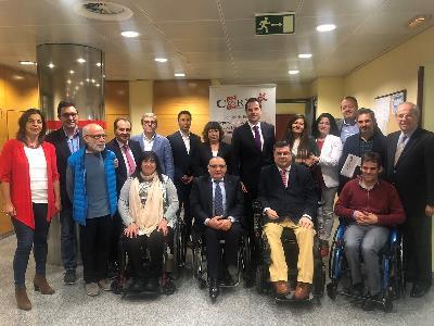 Foto de familia de la reunión de CERMI Madrid con Ciudadanos