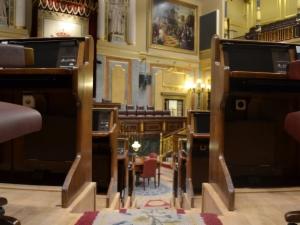 Escalera inaccesible en el interior del Congreso de los Diputados