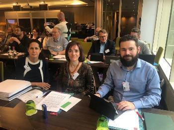 Ana Peláez, vicepresidenta del EDF, junto a Pilar Villarino, directora ejecutiva del CERMI y Daniel Aníbal García, presidente de la Comisión de Relaciones Internacionales y Cooperación del CERMI
