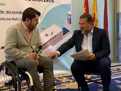 El presidente de Predif, Fran J. Sardón, y el CEO de Grupo RV Edipress, Fernando Valmaseda en la presentación del I Congreso Internacional TUR4all de Destinos Accesibles de Cruceros