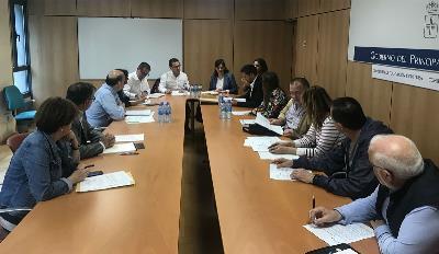 reunión con el consejero de Educación y Cultura, Genaro Alonso, con CERMI Asturias