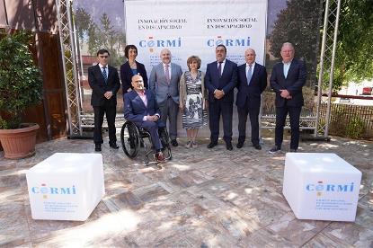 Foto de familia durante la apertura de la Asamblea Ordinaria Anual del CERMI