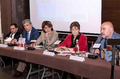 Imagen de la presentación en el CERMI de la 'Guía de fácil uso de la Convención Internacional sobre los derechos de las personas con discapacidad para operadores jurídicos'