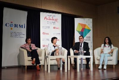 Un instante de la presentación del estudio 'Acoso y ciberacoso' elaborado por Fundación ONCE y el CERMI
