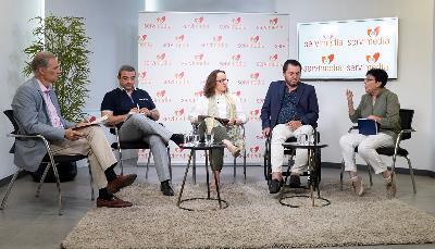 Foto de todos los participantes durante la mesa del cermi '¿Cómo llenar la España vaciada? Aportaciones desde la discapacidad organizada'