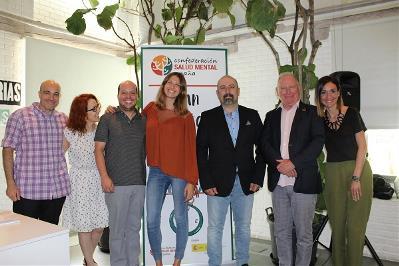 Foto de familia en la presentación del Plan Estratégico 2019-2022 de Salud Mental España
