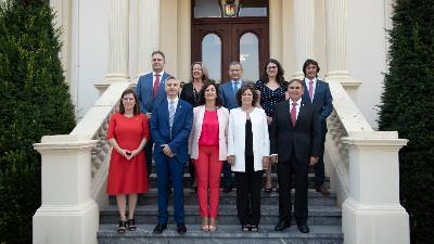 Imagen del equipo de Gobierno de La Rioja en su toma de posesión