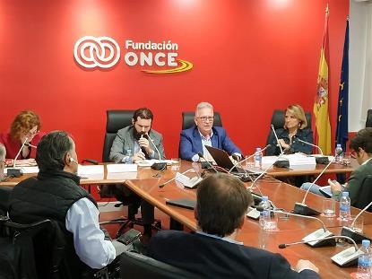 """Componentes de la mesa redonda """"Valoración global e impacto en España"""""""