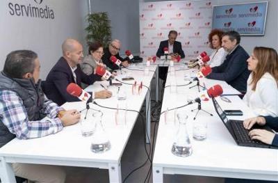 Debate de presentación de la campaña en Servimedia.