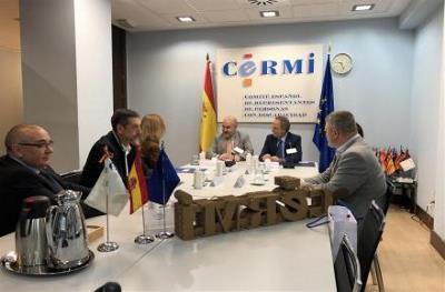 Representantes de Puertos del Estado y CERMI durante la reunión.