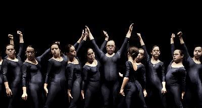"""Bailarinas"" de Javier Arcenillas"