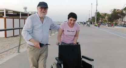 Manuel López Risco junto a su hija Ali