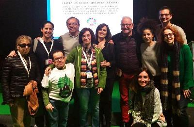 Foto de familia de los representantes del CERMI que participaron en la COP 25
