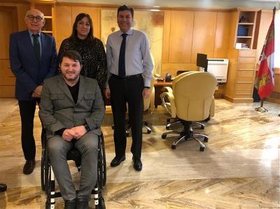 CERMI Castilla y León se reúne con el consejero de Economía y Hacienda de la Junta para trasladarle sus demandas